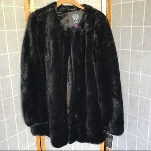 *NWT* Vince Camuto faux fur coat